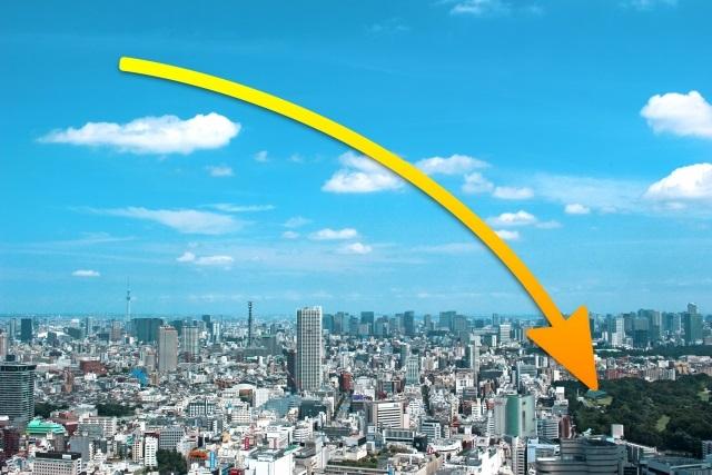 都市風景・下降矢印
